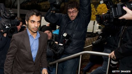 Pakistan&#039;s Salman Butt arrives at Southwark Court for sentencing