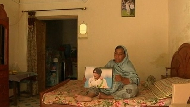 Mohammad Amir's mother