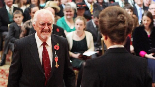 Bernard Cribbins (L) is appointed an OBE at an Investiture ceremony in Windsor