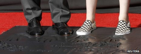 Robert Pattinson and Kristen Stewart's feet