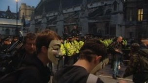 Police line at Parliament Square to stop Occupy protesters gaining access