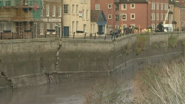 Collapsed quay wall in Bridgwater