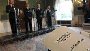 Gordon Brown, Peter Robinson, Martin McGuinness and Brian Cowen announce the Hillsborough Castle Agreement