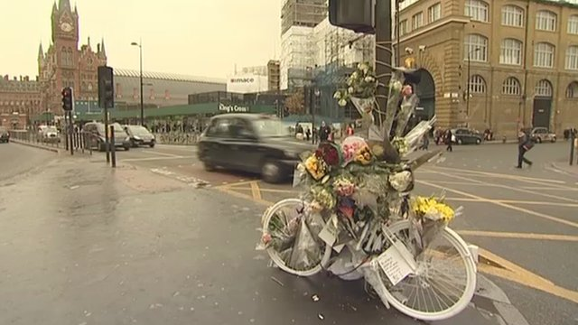 Floral tribute to an accident victim at King&#039;s Cross