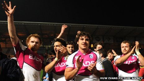 Cardiff Blues celebrate in Paris
