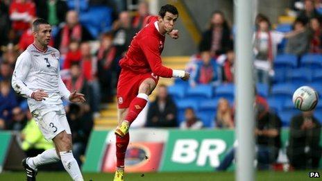 Gareth Bale puts Wales ahead