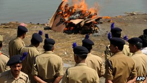 Funeral pyre of a CRFP troop killed in Dantewada, April 2010