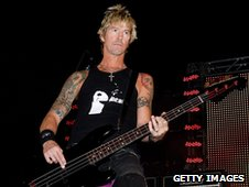 Duff McKagan performing