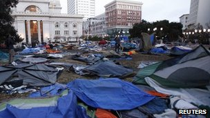 Ogawa plaza after the raid, 14 November 2011