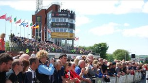 Isle of Man TT Races - BBC