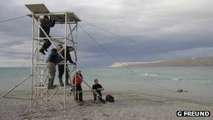 Natural History Unit crew in the Canadian High Arctic (c) Gretchen Freund