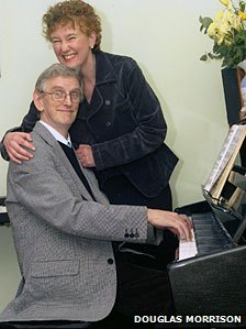 Clive Wearing and his wife Deborah at the piano