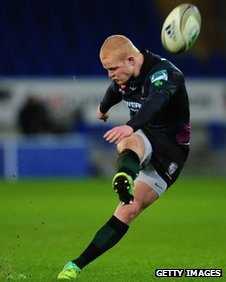 Tom Homer lands a penalty for London Irish