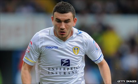 Leeds&#039;s Robert Snodgrass
