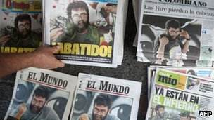 Newspaper headlines reporting the death of Farc leader Alfonso Cano