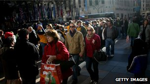 Shoppers queue up in New York City the day after Thanksgiving, November 2008