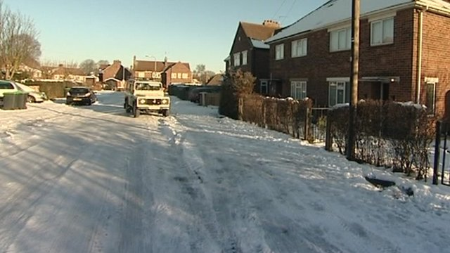 Carers given ' off- road' training to help cope with snow - BBC News