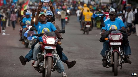 Supporters of President Joseph Kabila in Goma (November 2011)