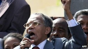 Madagascar's former President Didier Ratsiraka makes an address soon after he returned home to Antananarivo, Madagascar's capital, on 24 November 2011