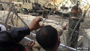 Barriers set up near Tahrir Square