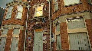 bbc news melton mowbray citizens advice bureau to close. Black Bedroom Furniture Sets. Home Design Ideas