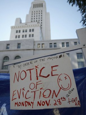 OCCUPY LA defies vacate order with a party