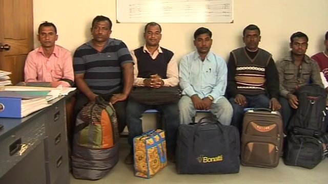 Bangladeshi migrants looking to return to Libya