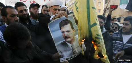Protest against the Syrian government by Syrians living in Lebanon and Lebanese (25 Nov 2011)