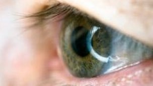 bbc news nice approves eye drug for diabetes eye drug could save nhs 84m 304x171