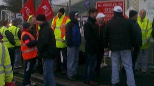 Picket line at Prince Rock refuse depot