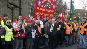 RMT picket in South Gosforth, Newcastle
