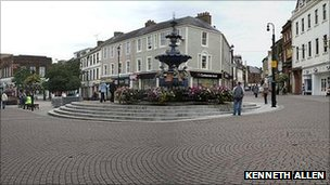 Dumfries pedestrian zone - Image by Kenneth Allen