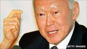Lee Kuan Yew in 2000