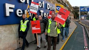 Public sector strike workers at Dover