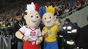 Euro 2012 mascots, Slavek and Slavko