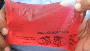 Hydration drink given to workers in Ingenio San Antonio, Nicaragua