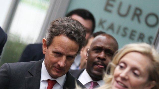 US Treasury Secretary Timothy Geithner (C)