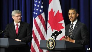 Canadian PM Stephen Harper (l) with US President Barack Obama