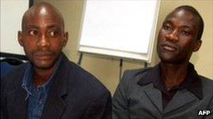 Tiwonge Chimbalanga (R) and Steven Monjeza after their release, at a news conference in Lilongwe on 2 June 2010