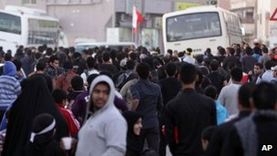 Anti-government protesters in the Jidhafs area of Manama, Bahrain (9 December 2011)