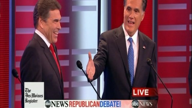 Mitt Romney (r) offers a $10,000 bet to Rick Perry