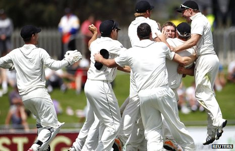 New Zealand celebrate their victory in Australia