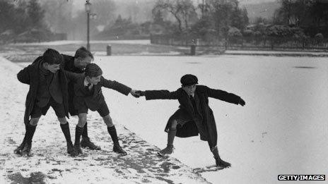 Schoolboys in Hampstead, north London, 1924
