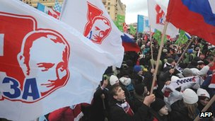 Pro-Putin rally in Moscow on Monday