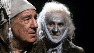 Michael Hordern as Ebenezer Scrooge and John Le Mesurier as Marley's Ghost in Elaine Morgan's A Christmas Carol