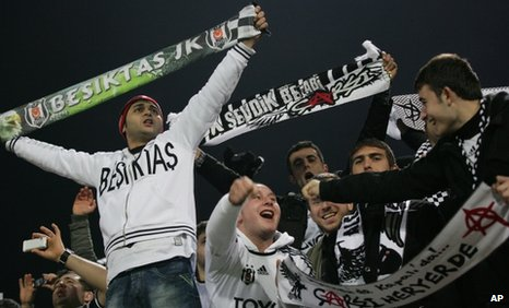 Besiktas fans were noisy at the Inonu Stadium