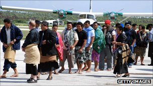 Sinking ferry survivors arrive at Tongapatu island airport