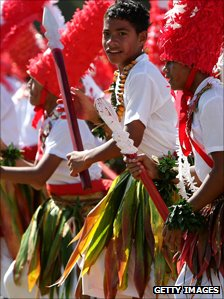 Tongan schoolchildren perform the Kailao dance