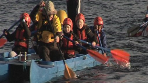 School Reporters from Loreto High School enjoy a canoeing session