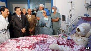 President Ben Ali visits Mohamed Bouazizi in hospital (28 December 2010)